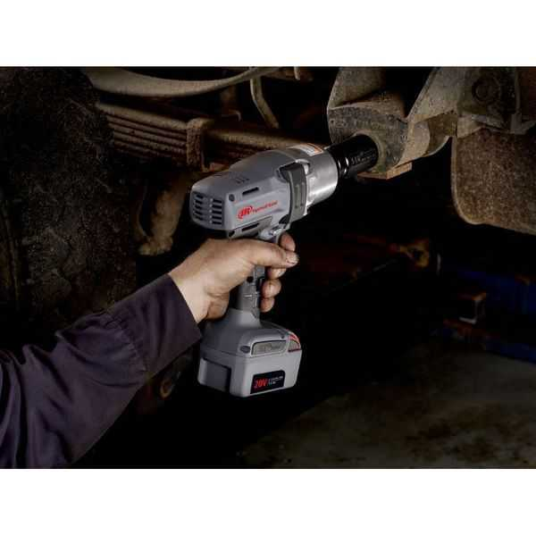 Ingersoll-Rand IQV20 Cordless Impactools, 1/2 in, 20 V, 1,900 rpm, 2 Battery Kit